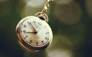 6858040-hd-clock (1)